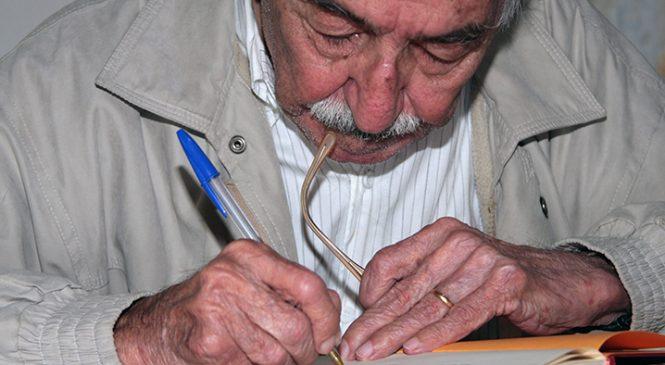 Manoel de Barros desfaz 90 anos