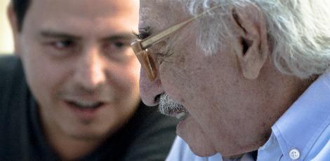 Manoel de Barros: um encantador da palavra