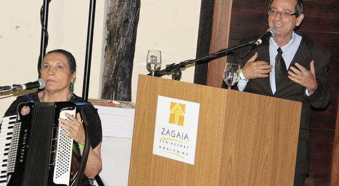 'Manoel foi figura única e inventor da literatura pantaneira', diz Martins em homenagem ao centenário do poeta