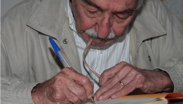 """""""101 Reinvenções para Manoel,"""" revisita e homenageia o poeta e será lançado na data de seu aniversário"""