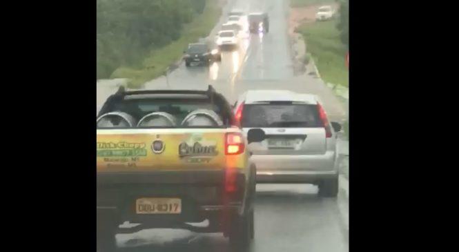 Chuva forte durante a madrugada turva rios e deixa trânsito parcialmente interditado em Bonito